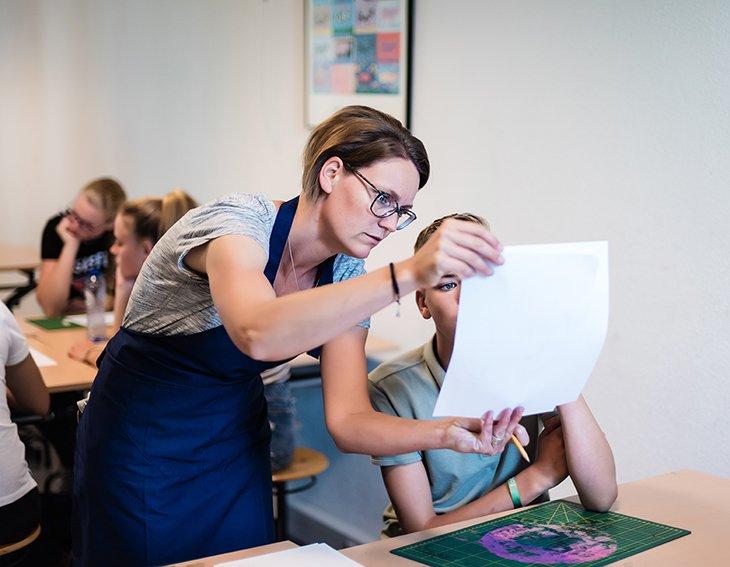 Workshop zeefdrukken op school